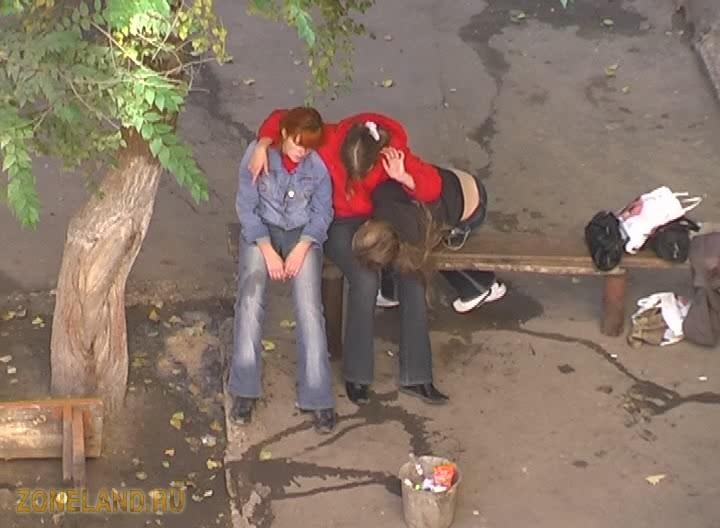 Фильм 1 сентября 2005 г. Пьяные малолетки в Саратове онлайн.
